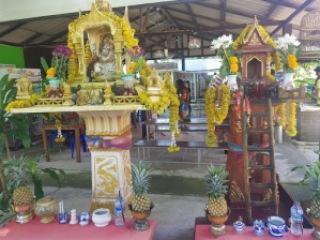 Temples, Phuket Trip