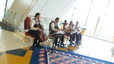 Live music at cafe, Burj Al Arab, Dubai city