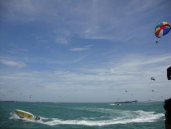 Parasailing, Coral Island, Pattaya