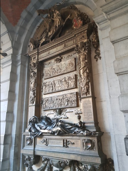 Everard t'serclaes, Grand Place, Brussels Itinerary